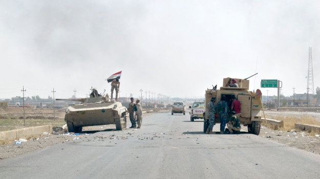 Iraqi security forces and Shi'ite militias advance towards town of Amerli